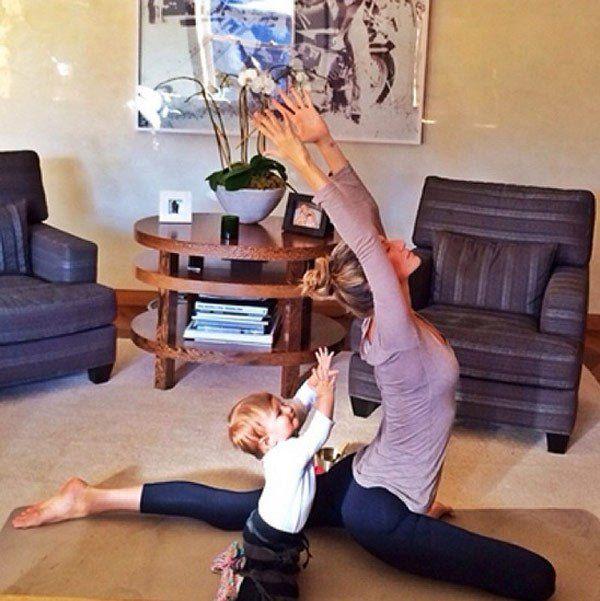 Hilaria Baldwin, Gisele Bundchen & More Celeb Moms Who Love Yoga