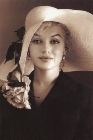 Far more than one of the most beautiful faces ever to adorn a movie screen. How can you not adore Marilyn? <3