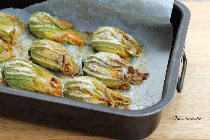 Fiori di Zucca Ripieni Antipasto, contorno o secondo piatto? Scegliete voi. In meno di 30 minuti i fiori di zucca ripieni saranno sulla vostra tavola pront