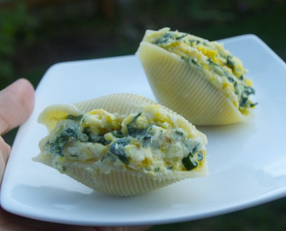 Squash, ricotta and kale stuffed jumbo shells -- easy and perfect for fall!
