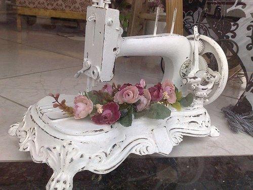 Antique Sewing Machine home vintage antique decorate machine sewing