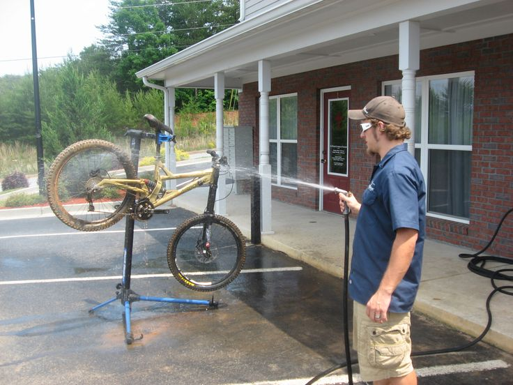 Cleaning your bike after a ride can feel like a buzz kill but it doesn't have to take forever. Follow these tips and you'll get the job done quickly withou