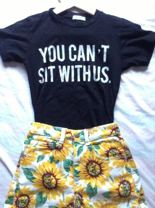 Brandy Melville You can't sit with us mean girls quote sunflowers shorts American Apparel summer outfit