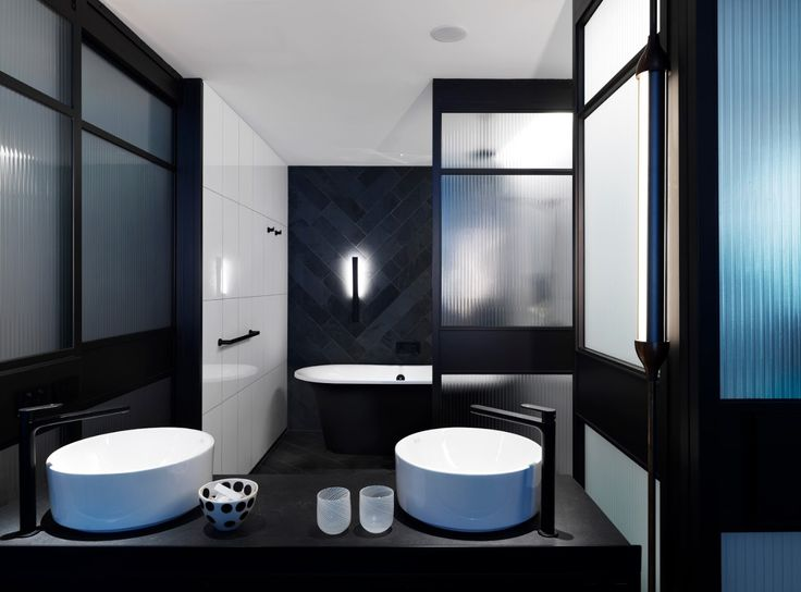Matt black bath at the QT Hotel Melbourne is the Victoria and Albert Monaco, custom finished by Luxe by Design Brisbane. Luxe are the Australian importer and distributor of V+A Baths in Australia. Call us on 07 3265 7133 for custom painted bath information and local retailers.