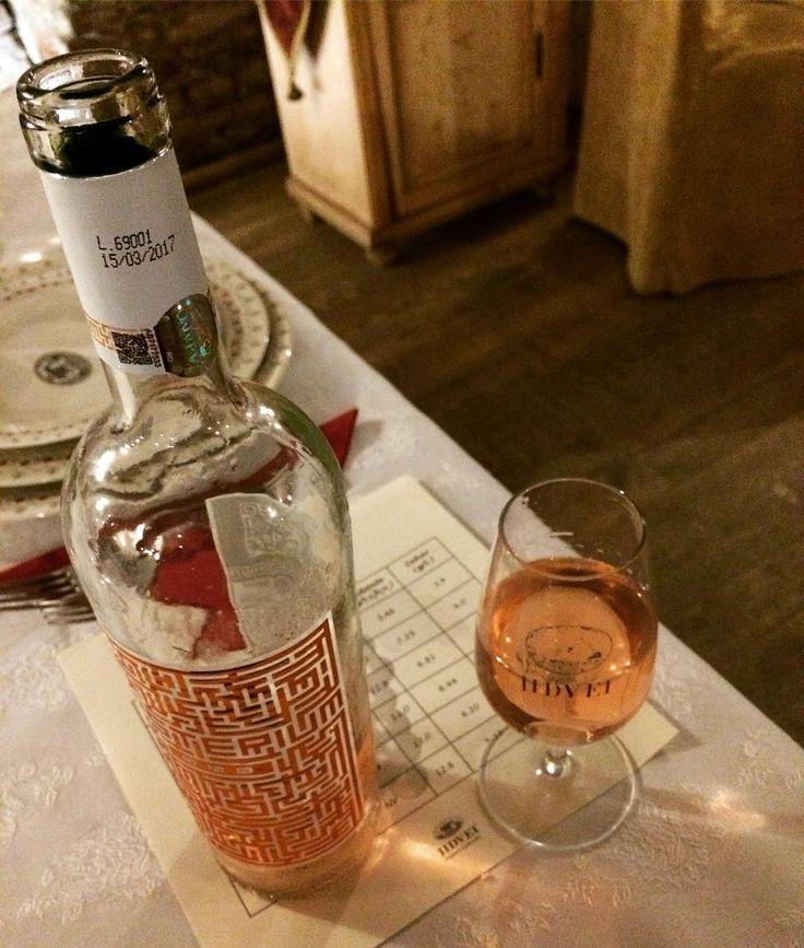 #mister în pahare #misterium în jur sau parca era invers? #jidvei #provocareajidvei #bloggerdevin #rose #wine #chateau #castle