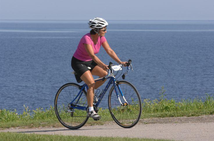 La #veloroute des Bleuets est une belle façon en soi de découvrir la région du #Saguenay_Lac autrement.