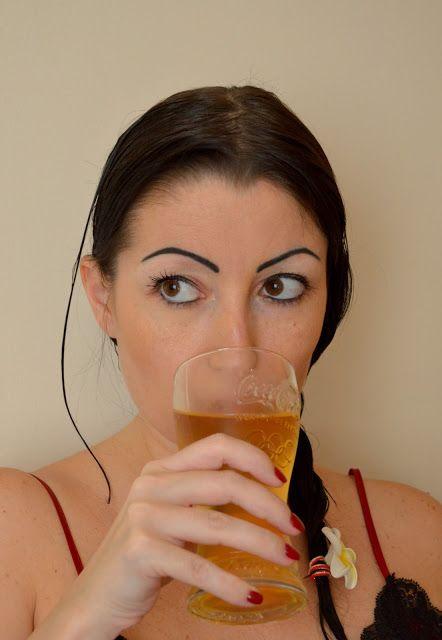 #melo #blog #lifestyle #drink #water #volvic #jus #opi #nailpolish, #red #darkhair
