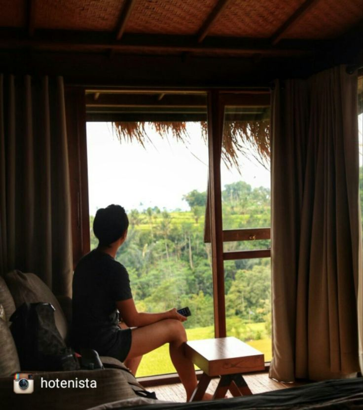 View of paddy field from my room 📷:@hotenista via #Instagram buff.ly/2g1jOAi . . #MorningVibes #bali #geriabali #BaliVillas #BaliHiddenVillas #baliparadise #promotrip #indonesia #Wanderlust #ubud #google #beautifuldestination #travel #theluxurylifestyle #holiday #theluxurylifestylemagazine #luxuryworldtraveller #balibible #Facebook