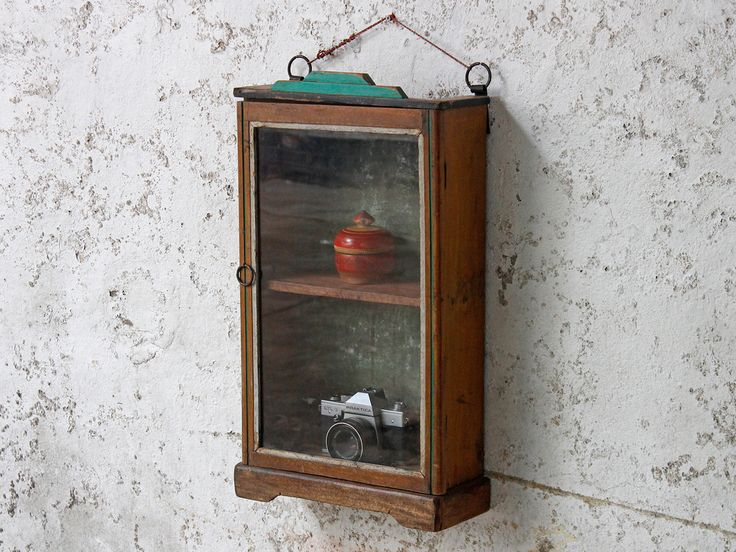 Wall Mounted Bathroom Cabinet #vintage #interior #homeinspo #inspiration #ideas #homedecorideas #scaramanga