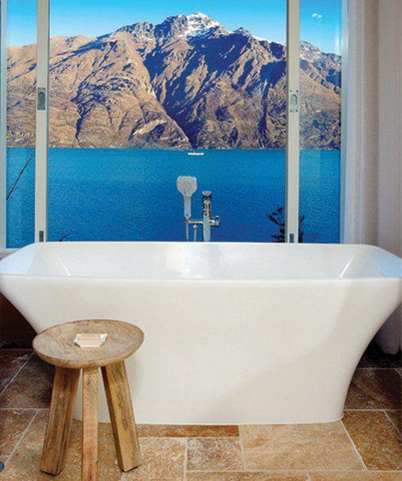 Best 34 best hotel bathtub views around the world images for Bathroom design queenstown