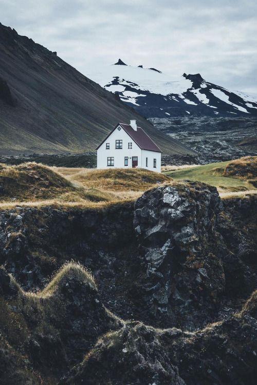 banshy:  Iceland // Hannes Becker  http://ift.tt/2cwXxbf