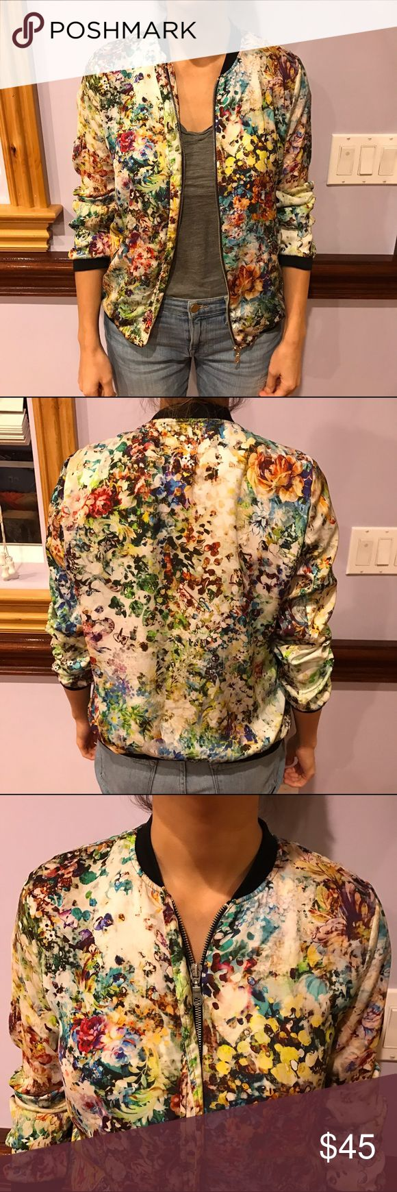 Zara floral bomber jacket Lightweight bomber jacket with pockets. Super cute in great condition. Sz small true to size. Zara Jackets & Coats