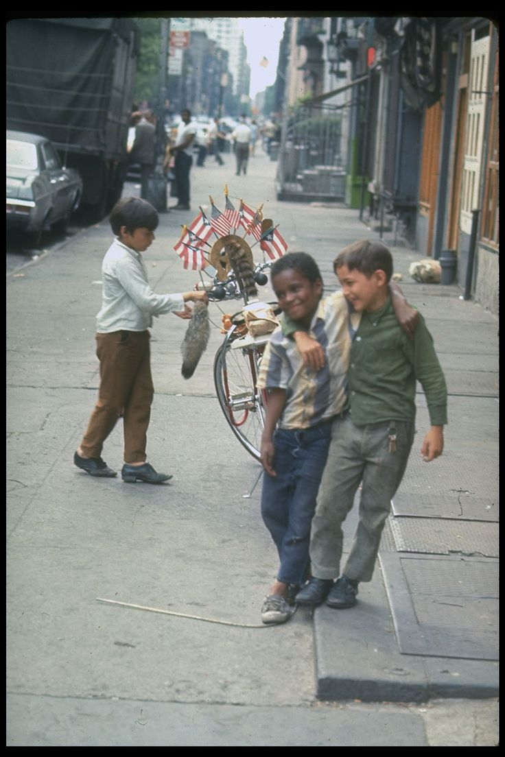 Life Magazine - Photos Of New York City In The Summer Of '69