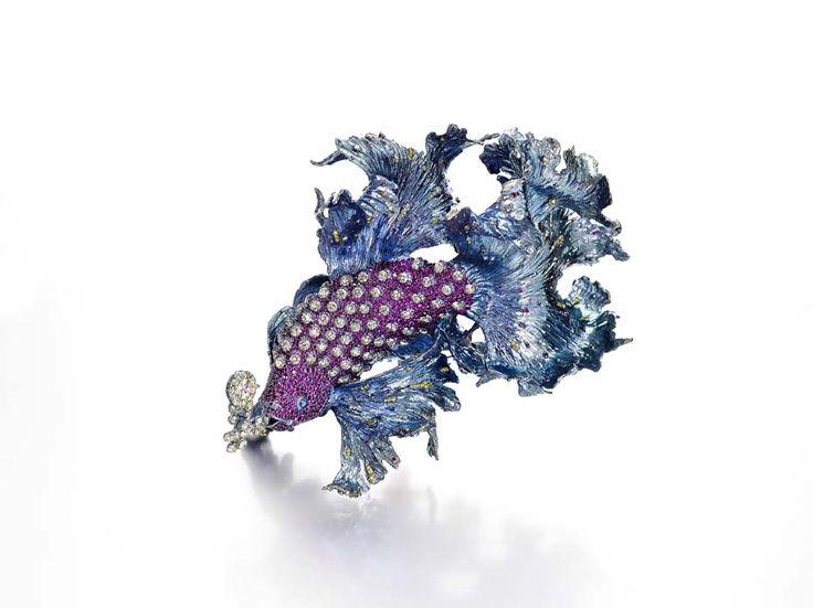 Broche Gems of Waves de Wallace Chan para la Biennale des Antiquaires 2014