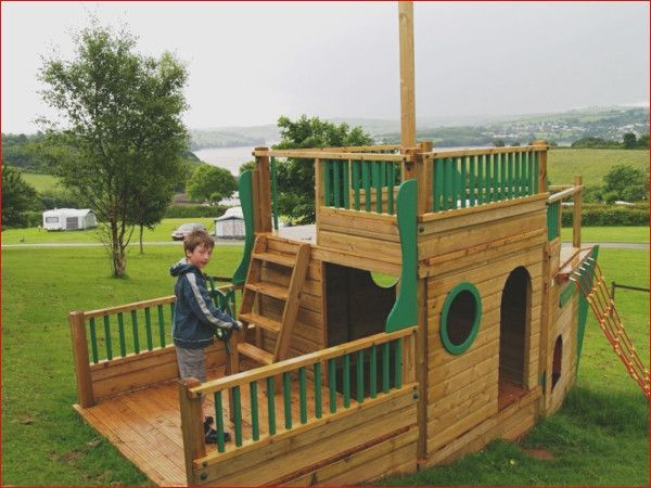 Pin By Forrest Bush On Gartenideen Play Houses Outdoor Play Areas Kids Yard