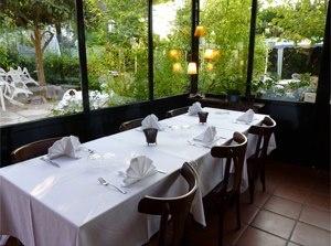 Cena romántica en Sant Cugat, Mon Secret. Disfruta de este menú completo por 18€ en vez de 35€