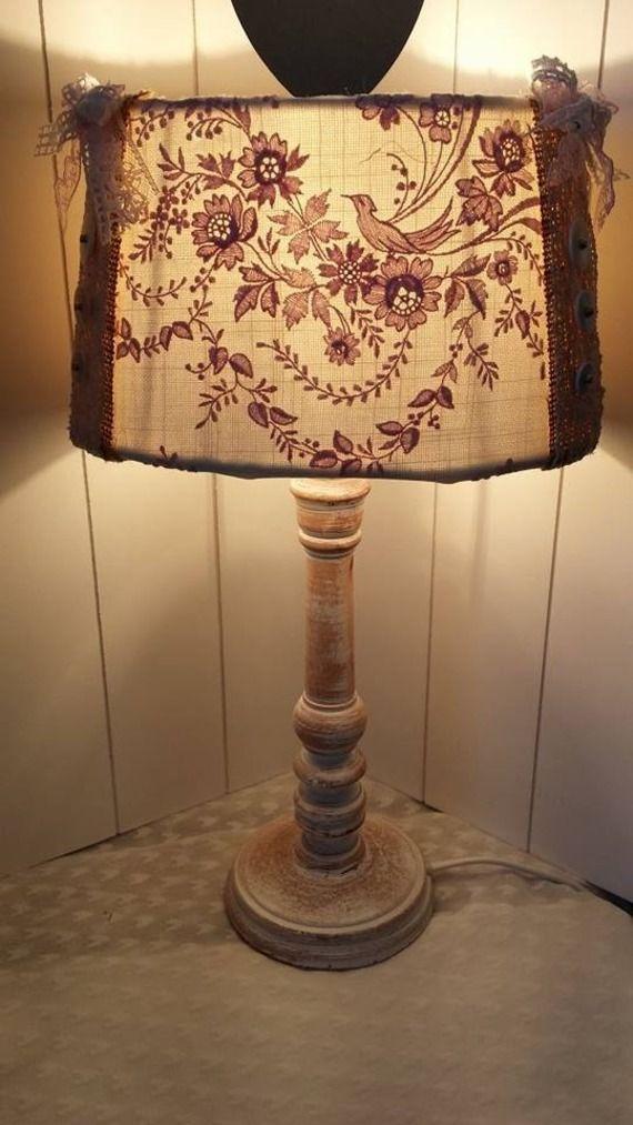 Les 98 meilleures images propos de shabby chic vintage for Lampe deco interieur