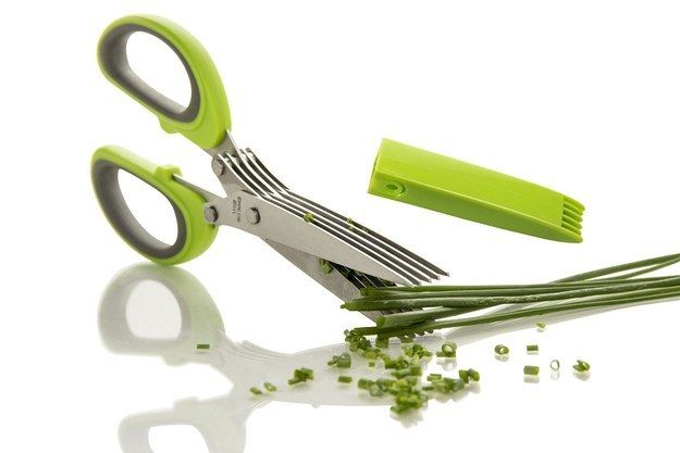 Scissors that make chopping up herbs a breeze. | 43 Insanely Cheap Things You Need For Your Kitchen