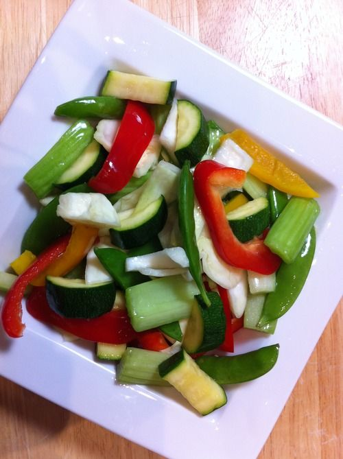 Red pepper Yellow Pepper Cabbage Celery Peas Salt Lemon Juice 5:2 Vegetarian... Neat recipes!