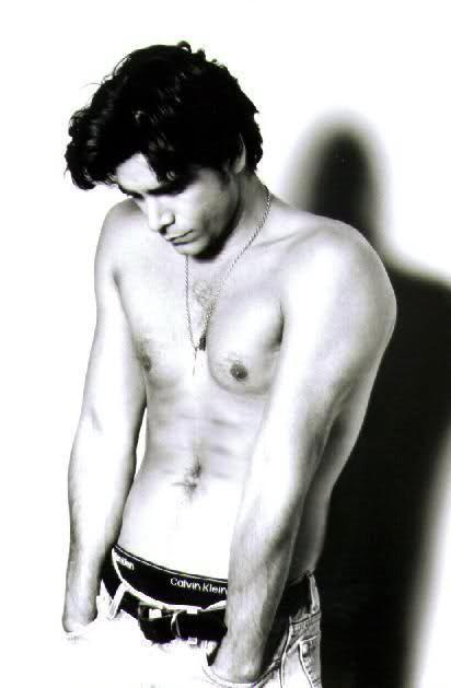 John Stamos. Uncle Jesse from Full House. Yuuummm.