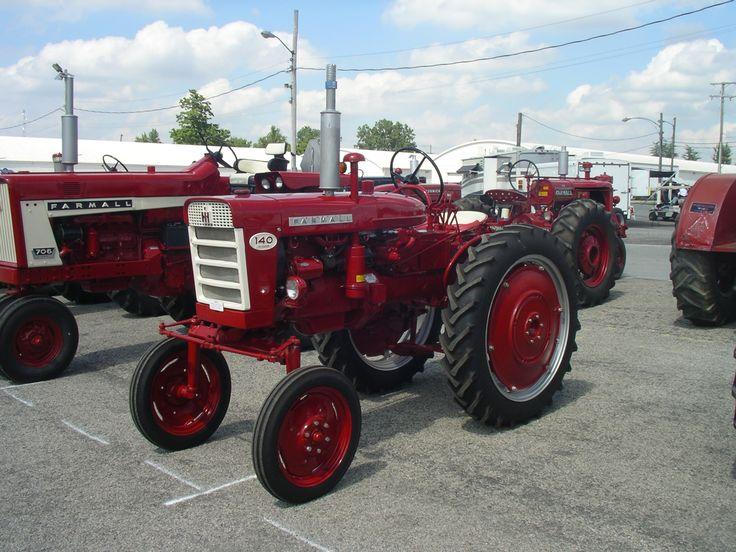 1960 Farmall 140 Hi-Clear