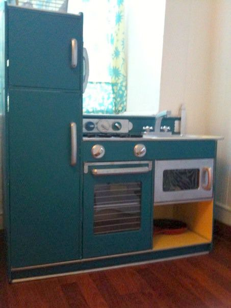 85 best images about diy play kitchens on pinterest play for Play kitchen designs
