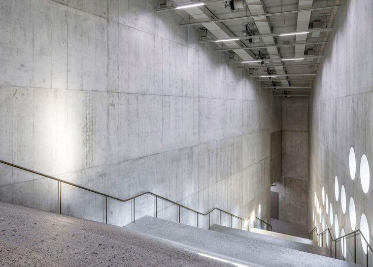 Christ & Gantenbein adds concrete extension to National Museum Zurich