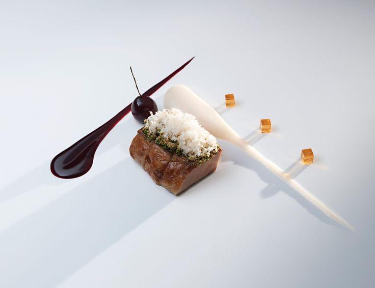 Fat Duck Restaurant- London UK #plating #presentation. Maybe...fillet steak, horseradish cream, aspic cubes, etc