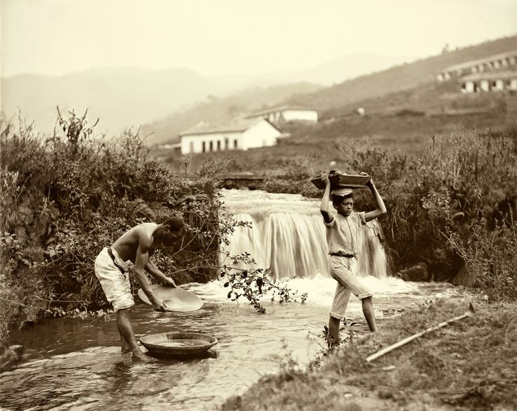 Lavagem do ouro, Minas Gerais, 1880. (Foto: Marc Ferrez/Acervo Instituto Moreira Salles).
