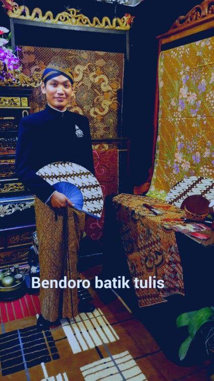 Mr.aris s yosodhiningrat .bendoro batik tulis solo