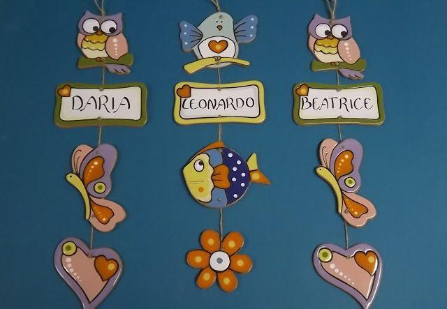 ceramica come mestiere: Targhe personalizzate per la nascita.