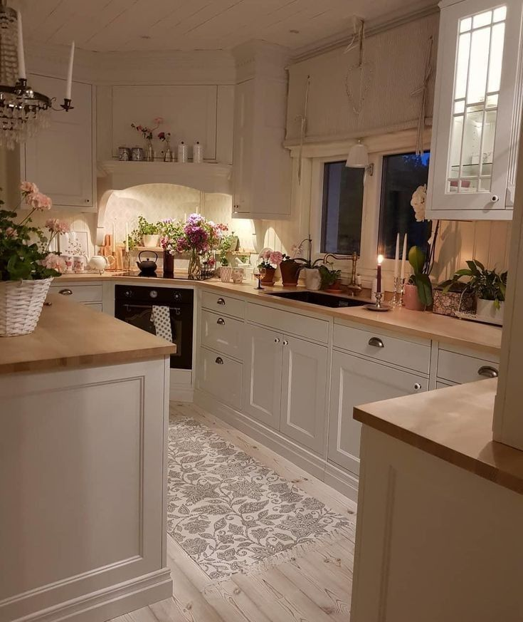 Low Budget Kitchen Cabinets: Elegant Magnificent Small Kitchen Design Ideas On A Budget