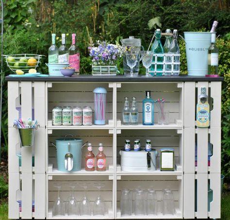 Stehtisch Für Garten   16 Ideen Für Dekorativen Und Nützlichen Gartentisch
