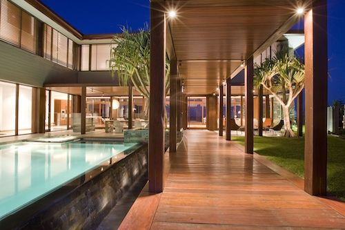 A very glamourous coastal home at Mermaid Beach in Queensland, Australia is designed by BGD Architects.