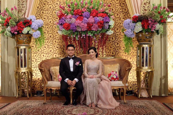 Bold and Classic Wedding at Hotel Aryaduta - 1436801811608