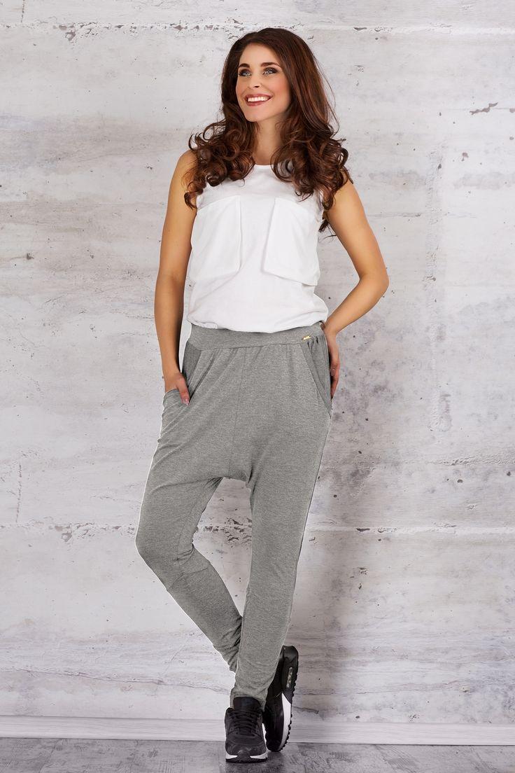 http://galeriaeuropa.eu/spodnie-dresowe/600142728-spodnie-damskie-model-m056-grey