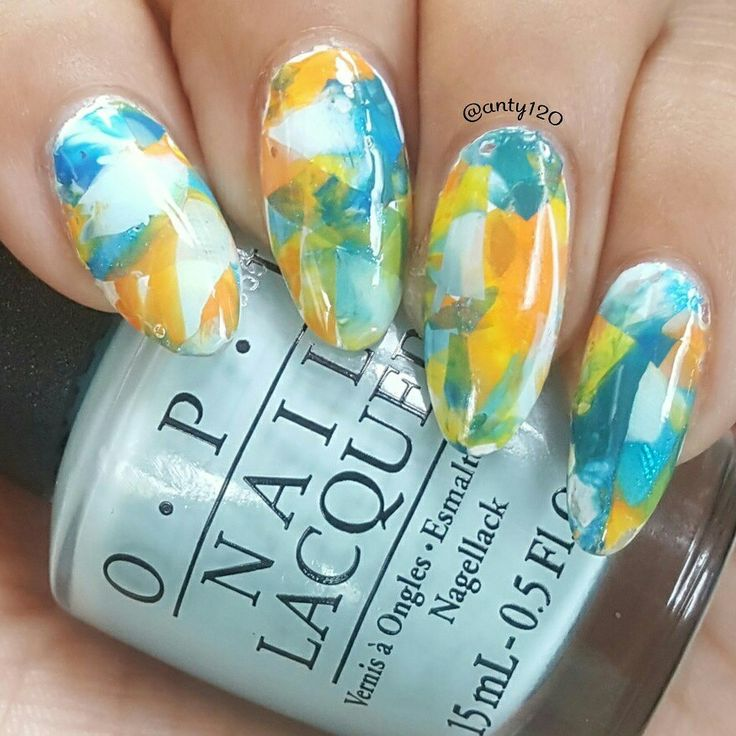This is a smoosh/decal mani using polishes from the @opi_professionals Fiji Collection... No Tan Lines, Suzy Without A Paddle, Is That A Spear In Your Pocket?, Do You Sea What I Sea?, and Exotic Birds Do Not Tweet