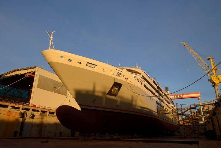 "Fincantieri: varata ad Ancona ""Le Lyrial"", la quarta nave extra lusso per Ponant"