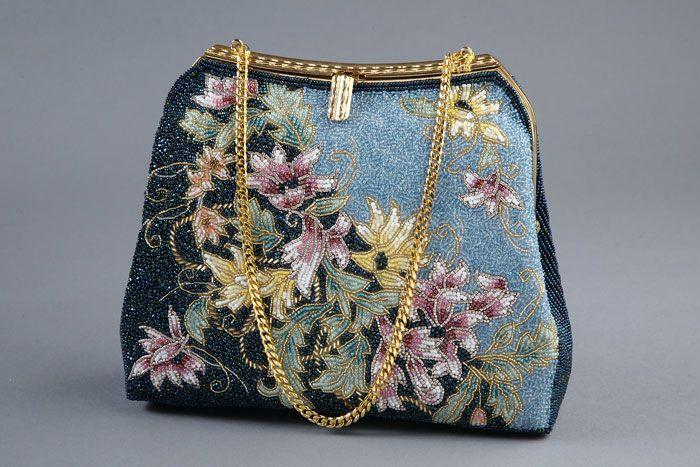 Дизайнерские сумочки, вышитые бисером и пайетками. Комментарии : LiveInternet - Российский Сервис Онлайн-Дневников