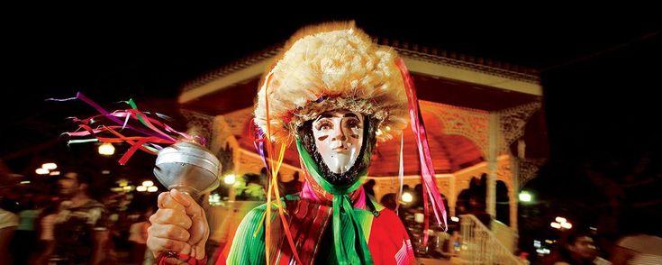 Fiestas, ferias, festivales y eventos en México 2016. Nos dimos a la tarea de reunir los eventos festivos, artístico-culturales, naturales y deportivos que no te puedes perder este año en diferentes entidades del país. ¡Toma nota!