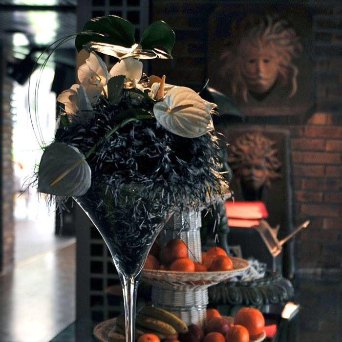 Inauguration, séminaire, décoration d intérieur, repas, cocktails...N'hésitez pas à nous contacter!