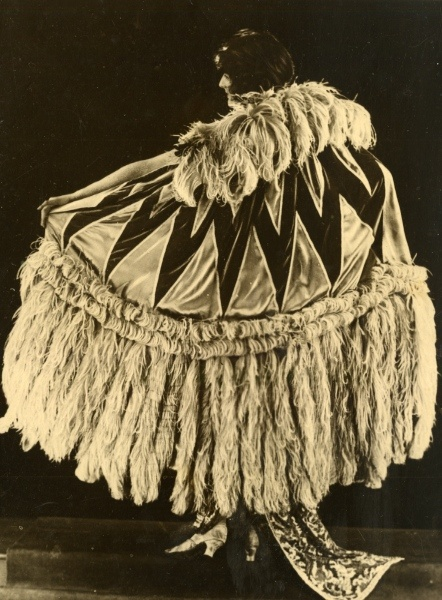 Model Ostrich Feathers Cloaks Wembley Exhibition Fashion Pageant old Photo 1930.