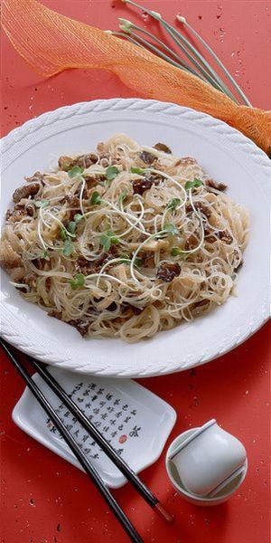 牛肉+きくらげ+たけのこの焼きビーフン | 樋口秀子さんのレシピ ...