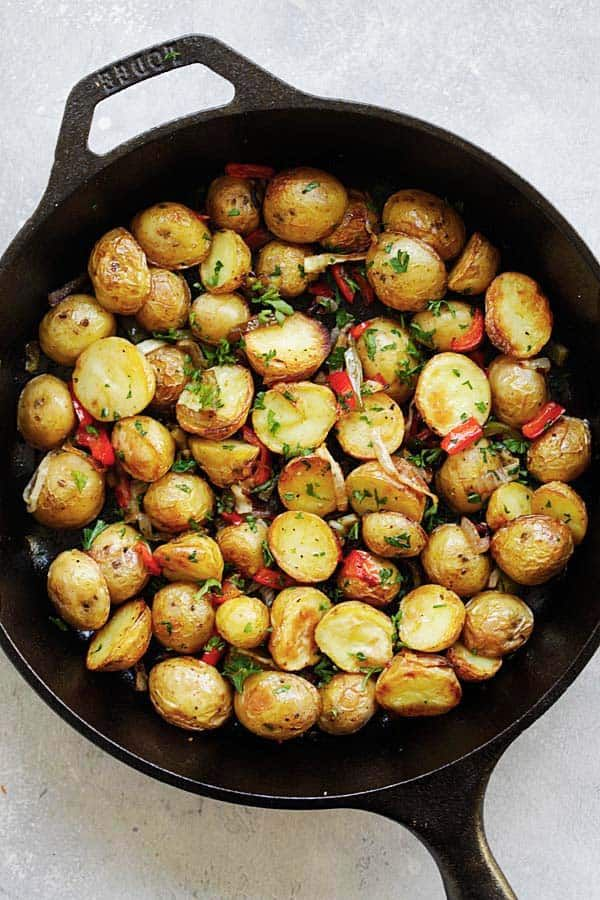 French Roasted Potatoes Easy Recipe With Baby Potatoes Onion And Bell Peppers This French Style Roast Potato Side Dishes French Side Dishes French Potatoes