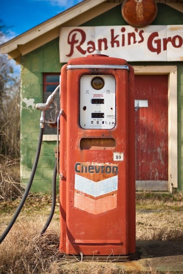 Antique Chevron Gas Pump | Old Gas Stations | Pinterest ...
