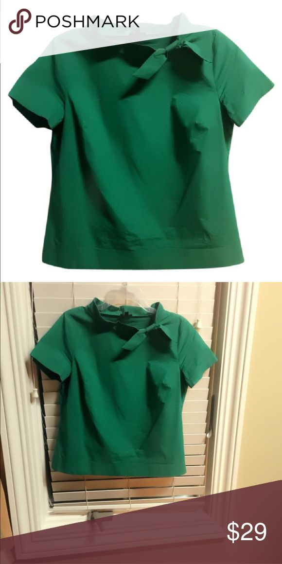 Like it Green short sleeve top with elegant high neck Talbots Tops Blouses