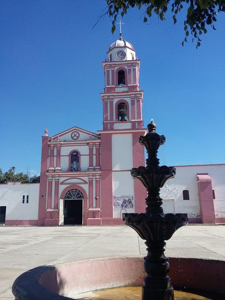 Iglesia de la Natividad de Maria, en Amatitlan, Jalisco