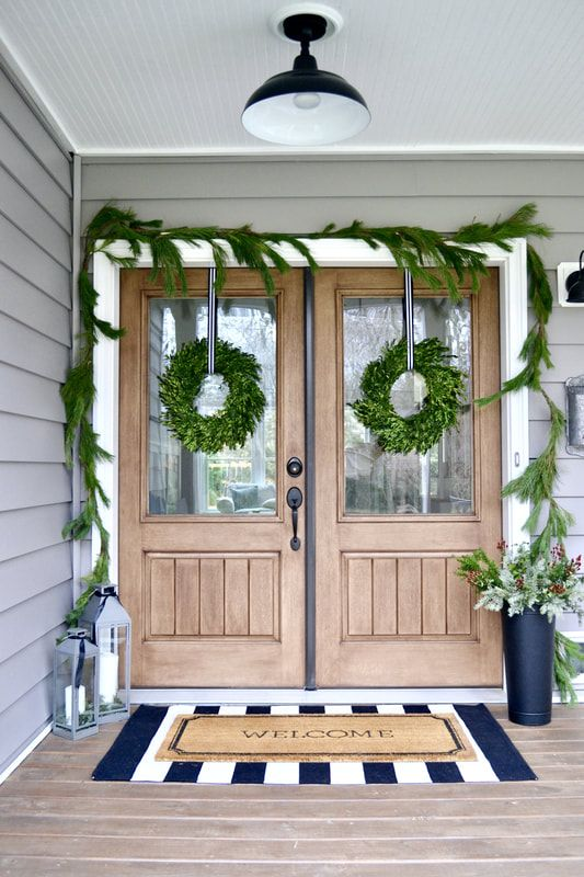Christmas Front Porch - farmhouse style, farmhouse decor, modern farmhouse, black and white