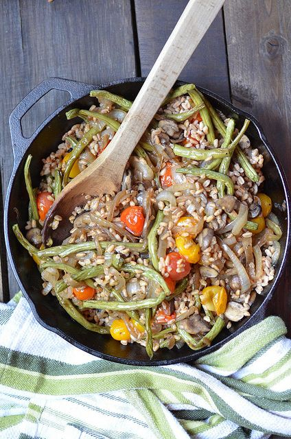 Roasted Vegetable and Caramelized Onion Farro via Fork vs Spoon