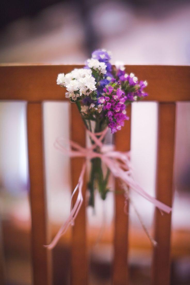 Dekoracje krzeseł. / wedding decoration #chair #decoration #flowers #color